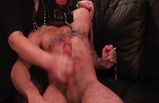Unreal lyse fille se masturbe avec l'aide d'une sexe amateur en video douche