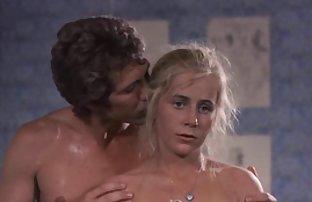 Pyusushchaya Telka Lizhet Ubar video francais sexe amateur en VanNoy