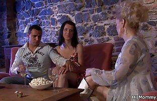 Femme obéissante amateir sexe passionnée mari détendu après la dure journée