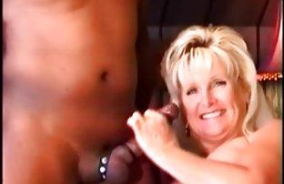 Un amant de repos nudiste a amené son mari à une plage sexe gratuit sauvage