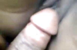 Les yeux bandés lié fille et fait son sucer sexe amanteur sa queue
