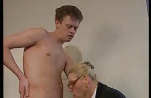 Mecs gais avec sexe en video amateur de beaux corps minces doucement se branler à eux-mêmes
