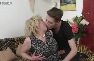Belle blonde arrangé une baise film de sexe amateur chaude avec un mec