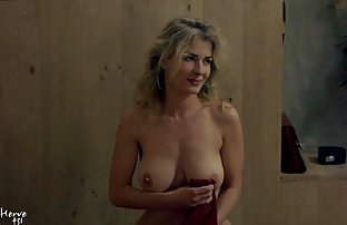 Plump video amateur sexy Kimberly donne dans le cul au casting