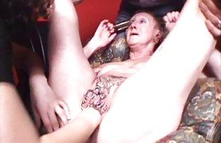 Le jeune garçon video sexe anateur a vu le sommeil de milfa et a rejoint son