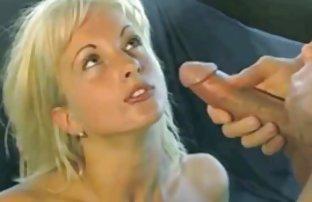 Brunette expérimenté ananal les vidéos sexe Sex machine