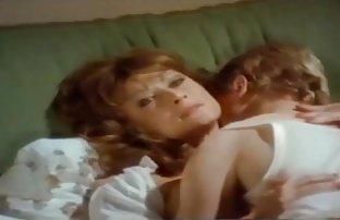 Secrétaire a aidé le patron se détendre avec le videos sexe mateur sexe doux